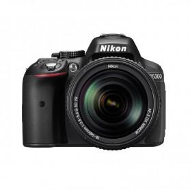 尼康(Nikon) D5300 連 AF-S DX 尼克爾 18-140mm f/3.5-5.6G ED VR 鏡頭套裝單鏡反光相機適用於單反相機: D5300/18-140 KIT/BK